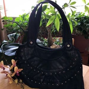 Elle black faux leather purse